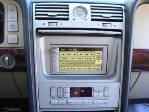 lincoln-navigator-2005-awd[13]